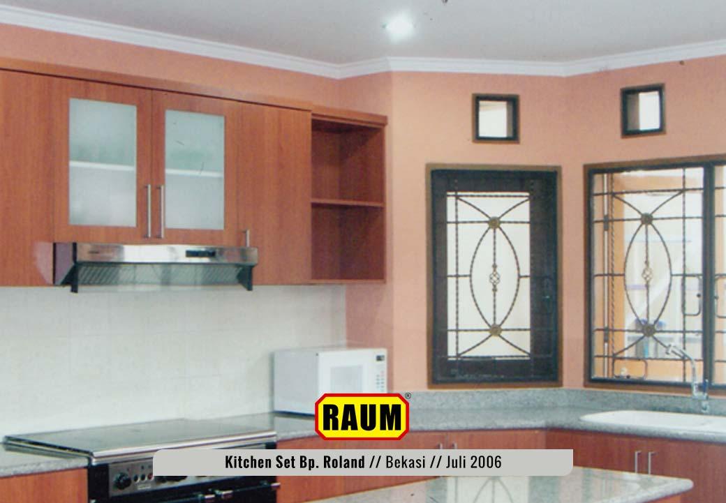 02 Kitchen Set Bekasi Taman Century - Bp. Roland Juli 2006 - Interior Asri