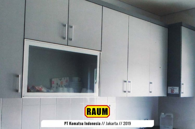 01 renovasi pantry pt komatsu indonesia - interior asri by raum